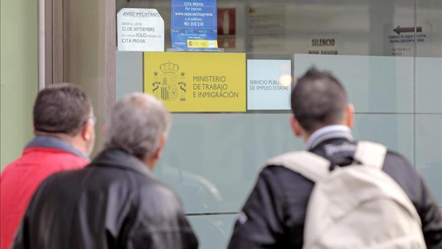 La OCDE advierte de que el paro en España subirá al 27,8 por ciento a finales de 2014