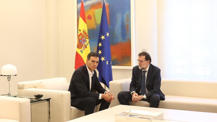 """Rajoy habla de """"unidad, proporcionalidad y firmeza"""" en Cataluña tras reunirse con Sánchez"""