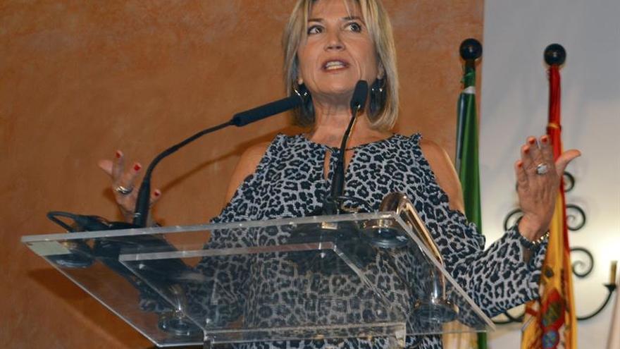 Julia Otero recibe el Premio Alonso Vicedo de Comunicación en XVIII edición