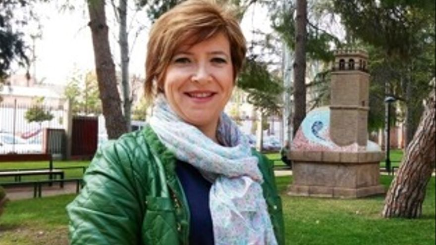 La número dos de la candidatura socialista al ayuntamiento de Totana, Gertrudis Ruiz