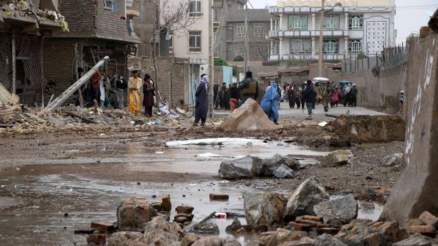 Elevan a 25 los muertos y 60 los heridos en un atentado en Afganistán