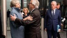 Bruselas advierte tras la renuncia de May de que se niega a renegociar el acuerdo del Brexit con su sucesor