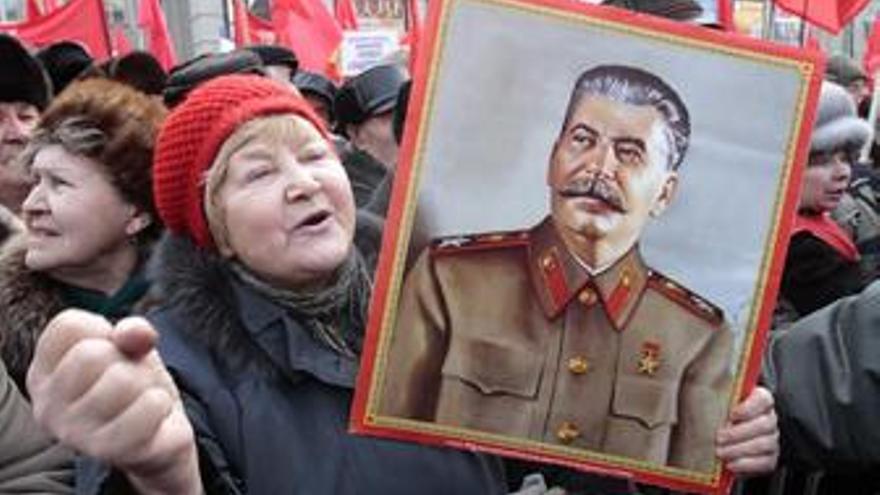 Seguidores de Stalin. (EUROPA PRESS)