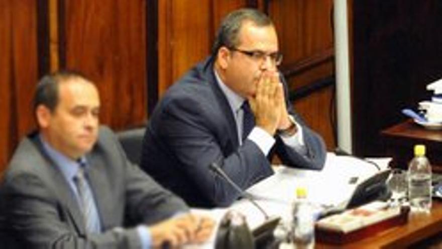 Juan Domínguez durante el pleno en el que fue acusado.