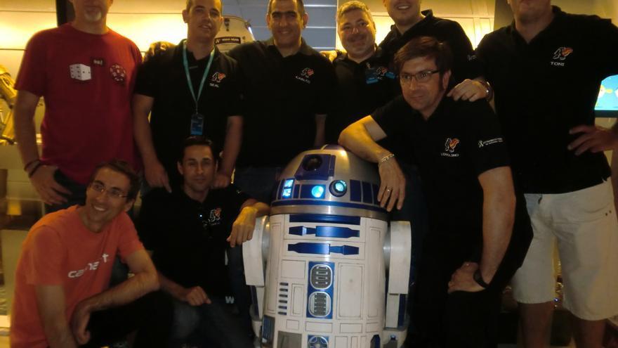 Miembros españoles del R2 Builders Club