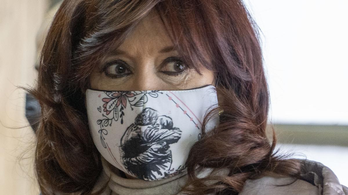 Cristina Kirchner reaccionó ante una noticia sobre Mauricio Macri.