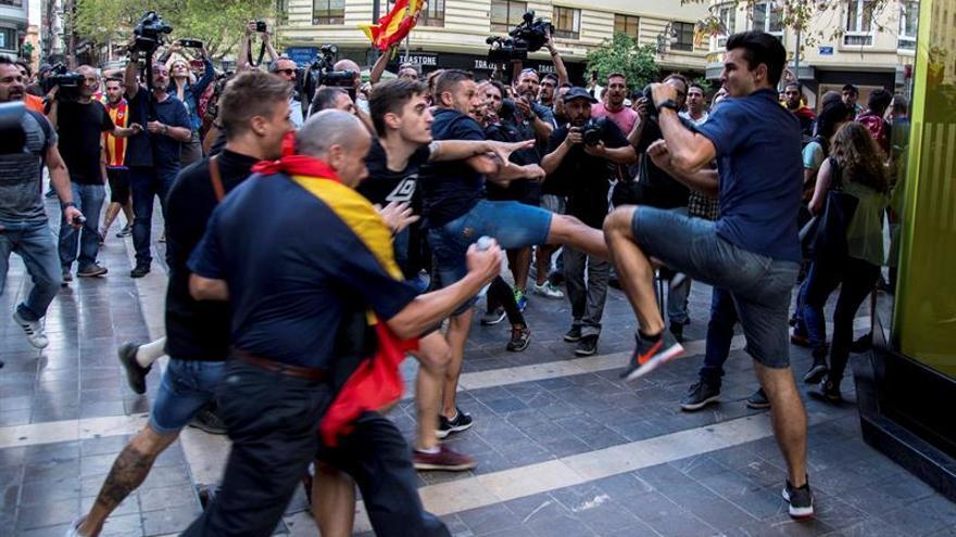 Un nuevo detenido eleva a 13 los arrestos por las agresiones del 9 d'Octubre