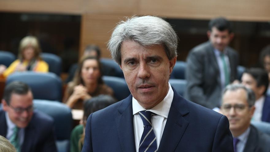 Madrid aprobará una nueva deducción del IRPF para ayudar en la contratación de cuidadores a hijos de hasta 3 años