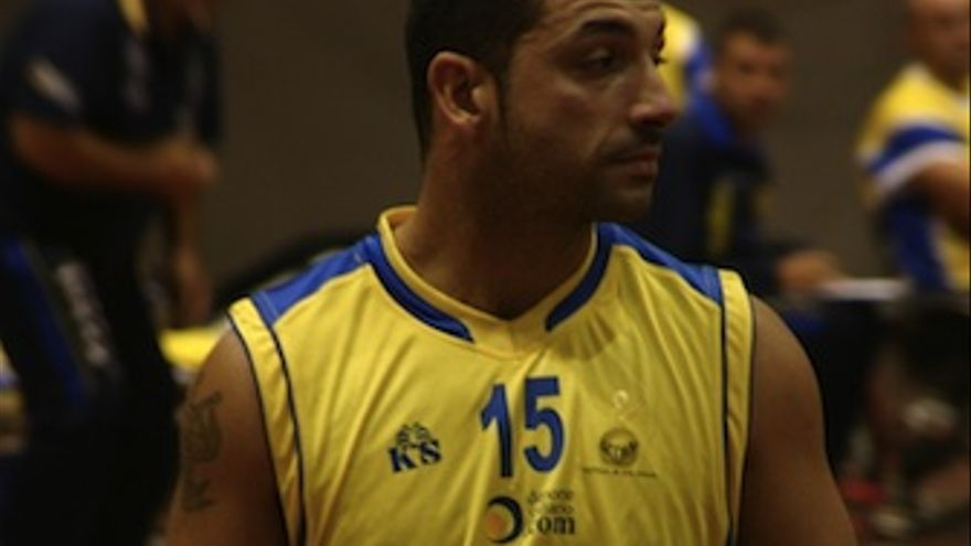 El jugador Roberto Mena. (ADM ECNY)