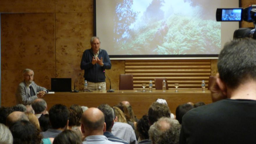 Juan Carlos Carracedo durante su conferencia en las jornadas dedicadas a Anaga