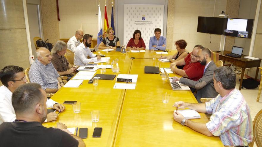 En la imagen, reunión del Pevolca celebrada este miércoles.