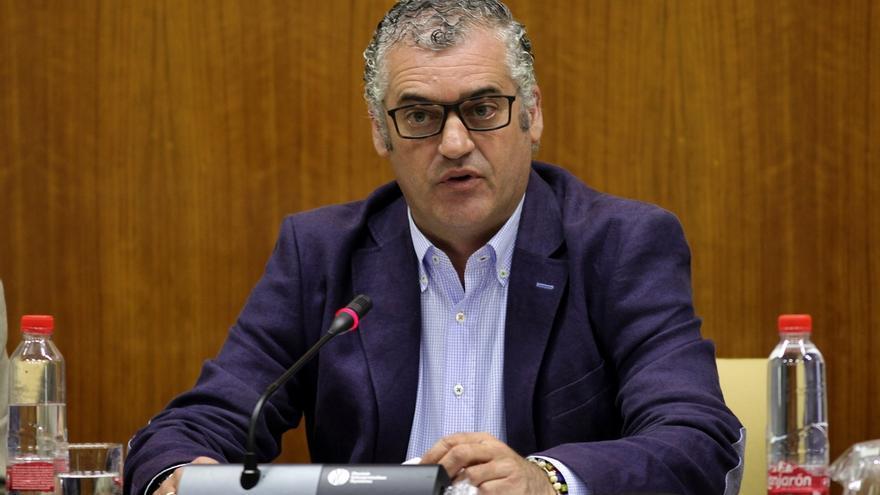 Carnero espera que la innovación sea signo de identidad de la sociedad andaluza con el plan de incorporación a las TIC