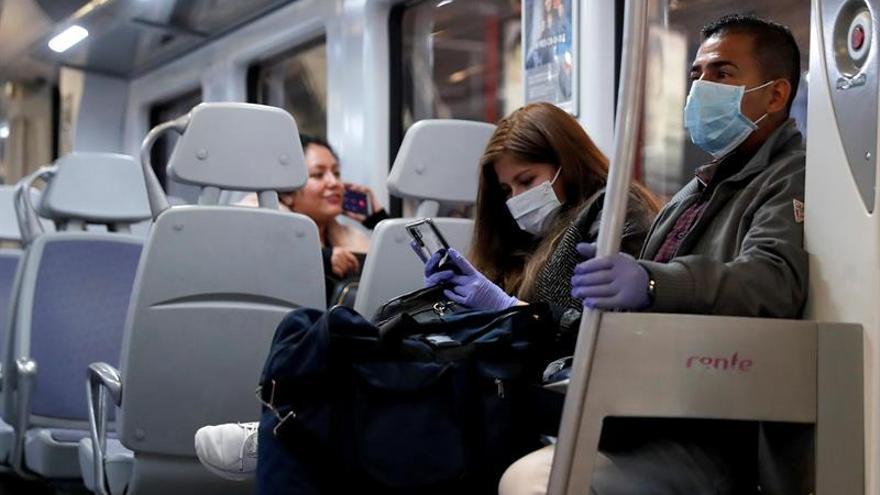 El transporte público se reduce al 50 %, salvo Metro, Cercanías y autobuses