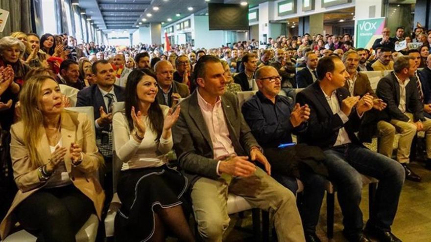 Mitin de Vox en Granada con la presencia del secretario general del partido, Javier Ortega Smith