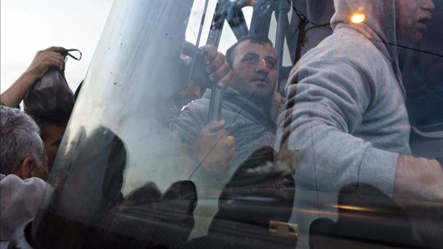 Israel suspende la medida que vetaba a los palestinos subir a sus autobuses en Cisjordania