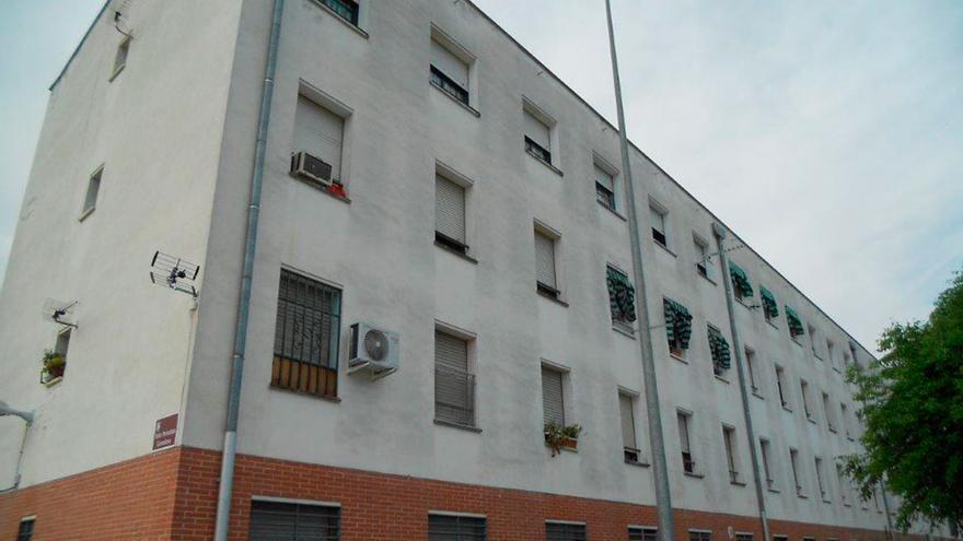 Bloque de viviendas en Las Moreras.