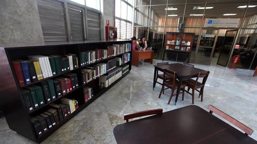 la biblioteca nacional cubana recibe un donativo de francia para proteger sus fondos