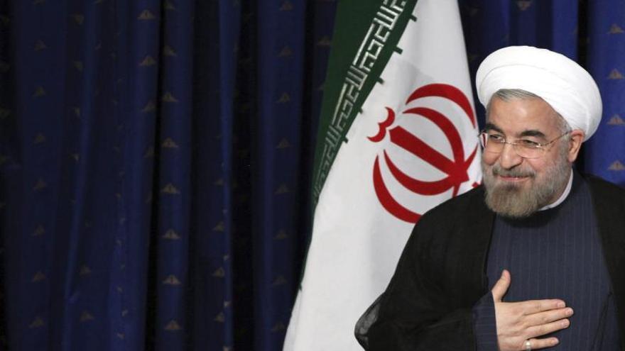 Los escritores iraníes esperan que Rohaní alivie la férrea censura literaria