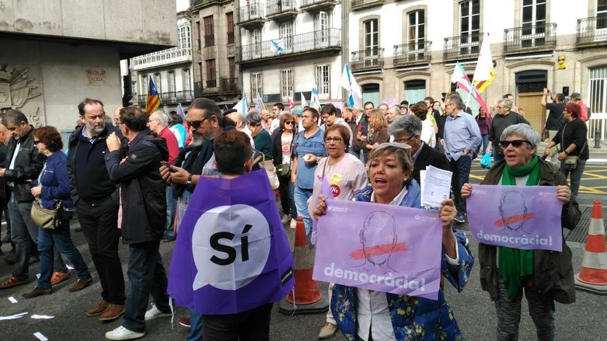 Participantes en la manifestación de Santiago