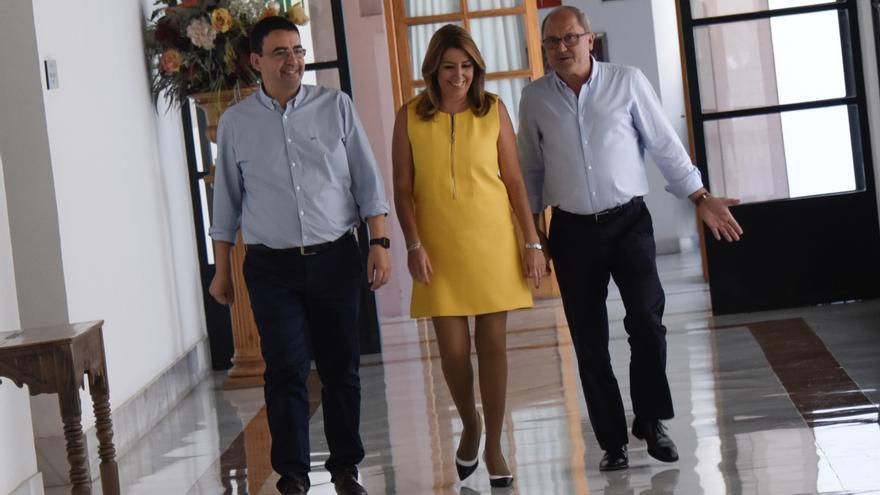 Susana Díaz con Juan Cornejo y Mario Jiménez.