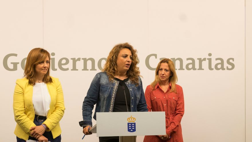 Nieves Lady Barreto, Cristina Valido y Rosa Dávila en rueda de prensa tras el Consejo de Gobierno