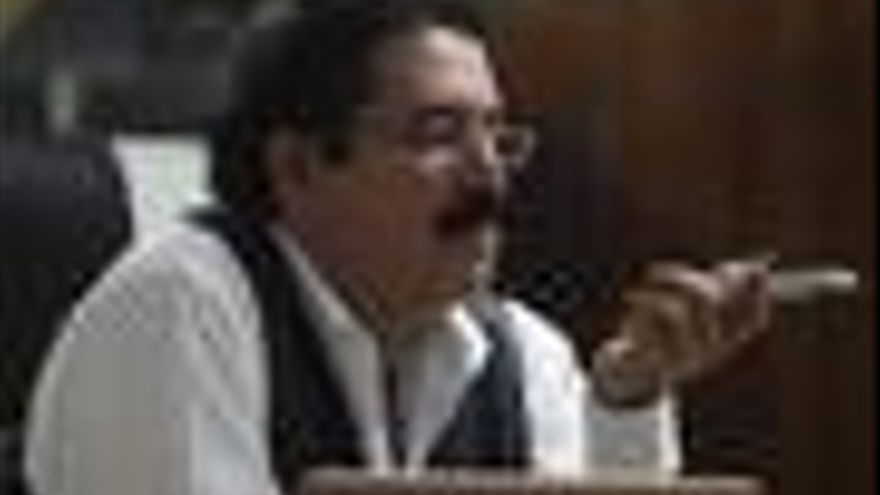 """Zelaya califica de """"segundo golpe de Estado"""" la última propuesta de Micheletti"""