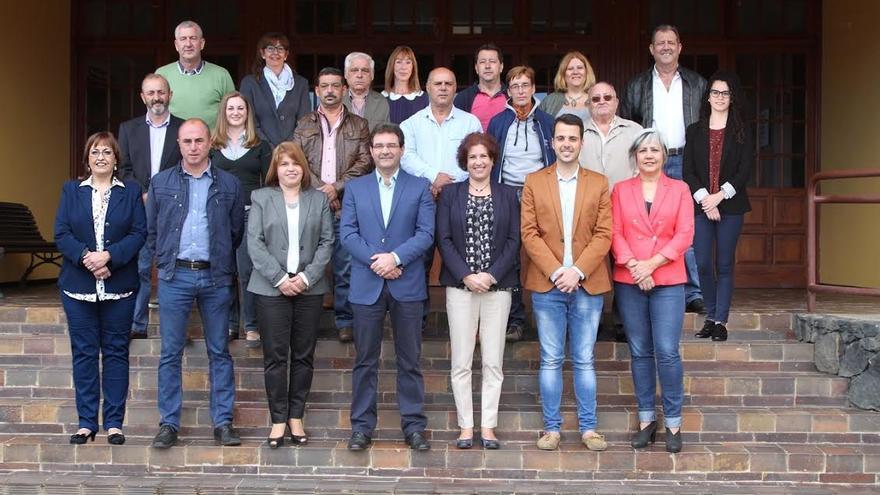 En la imagen, miembros de la lista del PSOE al Ayuntamiento de Puntallana.