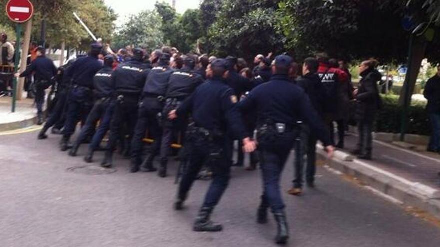 policía protestas RTVV