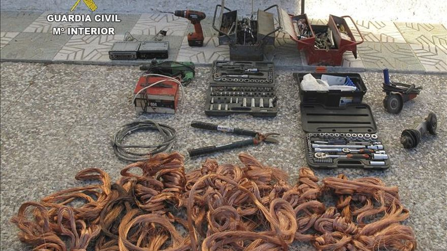 Veintiocho detenidos por robar 30.000 metros de cobre ferroviario en cinco regiones