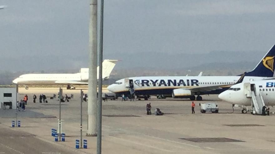 Tres aviones comerciales en las instalaciones del aeropuerto de Castellón
