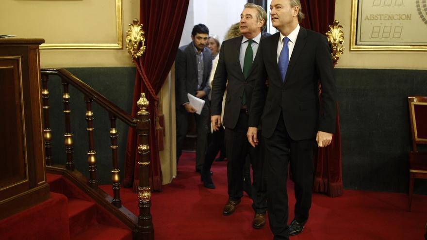 Fabra corrige su declaración de rentas en el Senado y comunica que cobró 77.000 euros como presidente valenciano en 2014