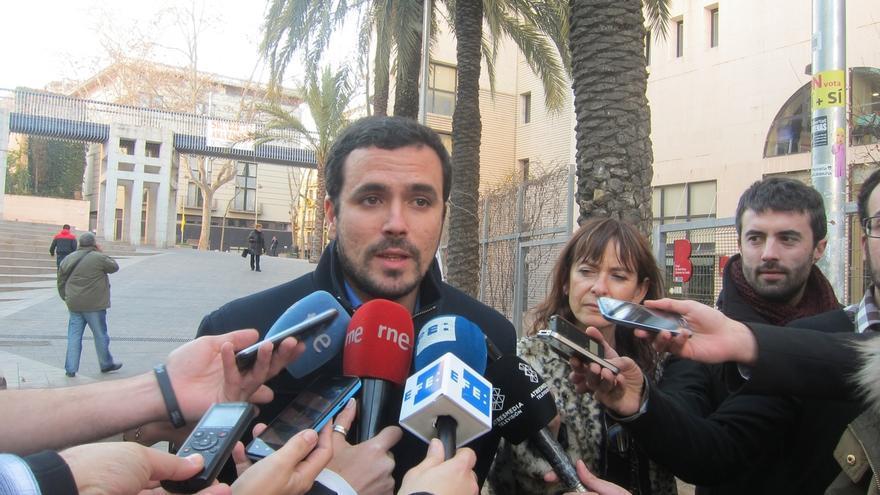"""Garzón (IU) tacha al Gobierno alemán de """"insensato e irresponsable"""" por su postura ante Grecia"""