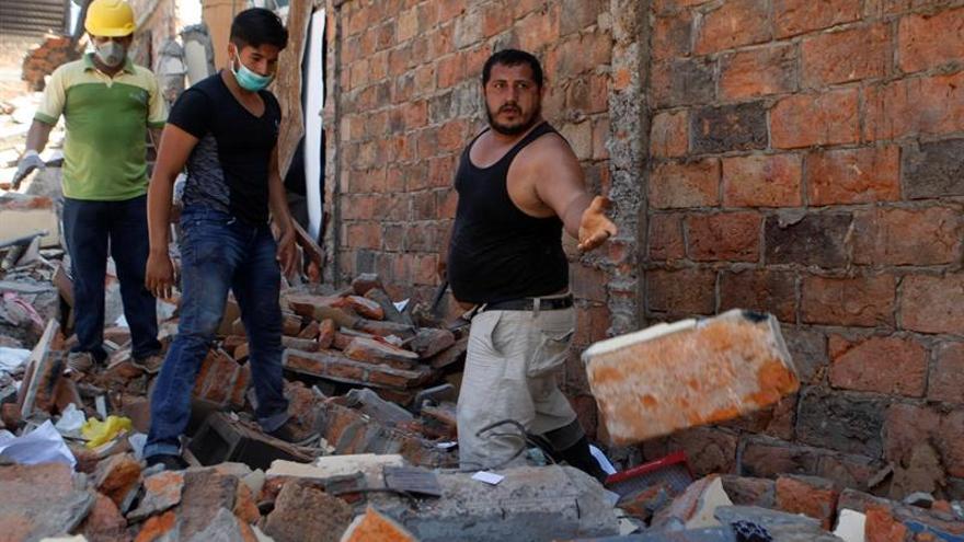 Total de 3.608 personas viven en albergues oficiales al año de sismo Ecuador