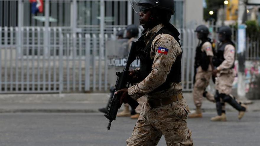 La Policía de Haití rastrea la capital para capturar a los asesinos de una monja española