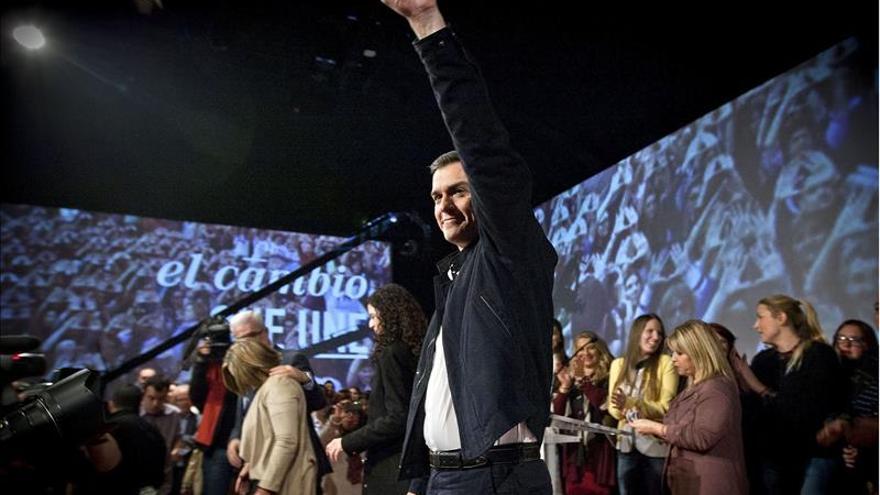 """Pedro Sánchez: """"Jubilaré a Rajoy y será Soraya la líder de la oposición"""""""