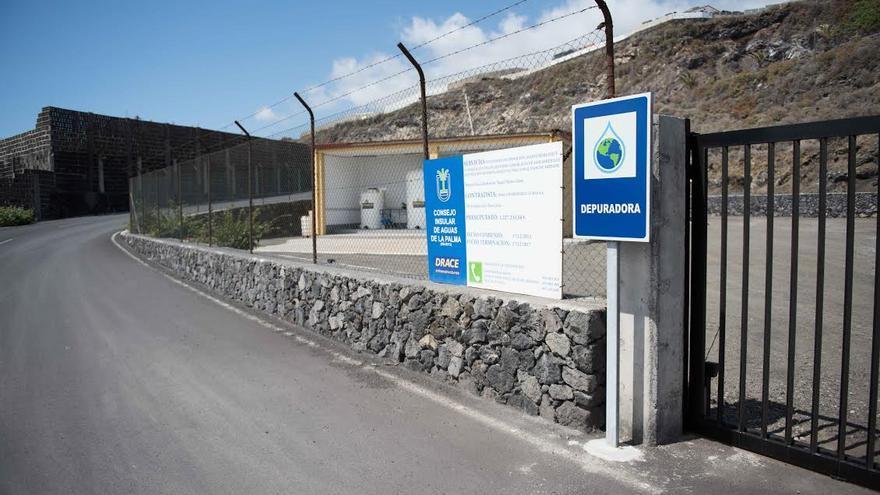 En la imagen, Estación Depuradora de Aguas Residuales (EDAR), ubicada en Breña Baja,  que da servicio a la comarca este de la Isla. Foto: Carlos Aciego / Metrópolis.