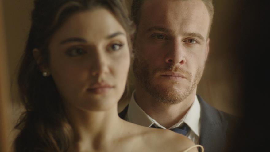 Protagonistas de 'Love is in the air'