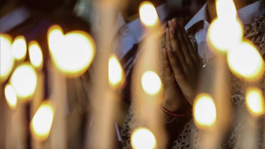 Sharif pide negar clemencia a los condenados a muerte por la matanza en una escuela