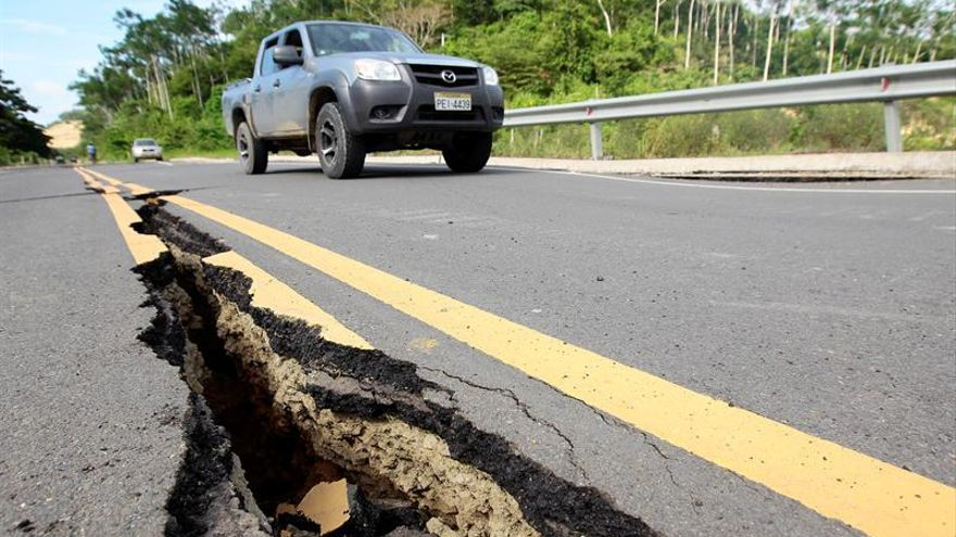 El terremoto de Ecuador deja a 88.000 niños sin escuela, según Unicef