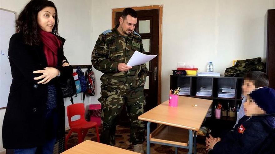 El teniente Sánchez, un psicólogo uniformado en el sur del Líbano