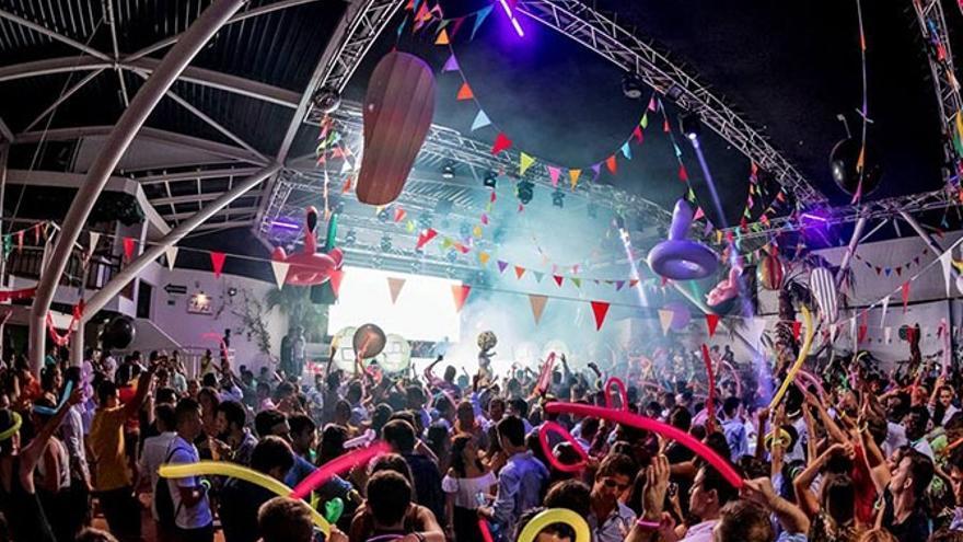 La discoteca que vetó la entrada a cuatro marroquíes rechaza las acusaciones de racismo