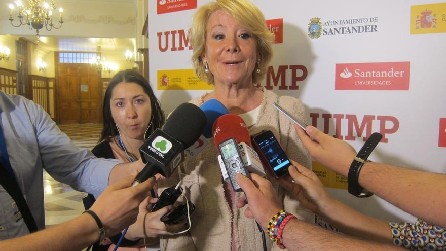 """Esperanza Aguirre considera """"razonable"""" e """"imprescindible"""" que Don Juan Carlos sea aforado"""