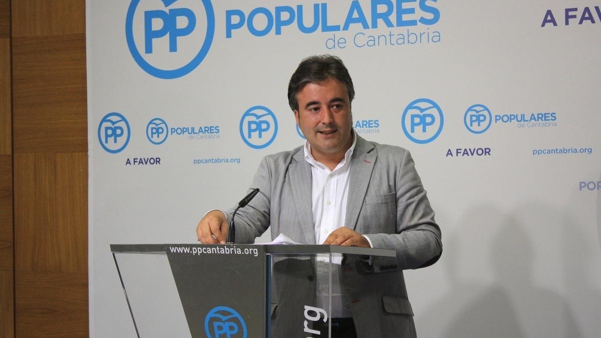El diputado del PP por Cantabria, Diego Movellán.