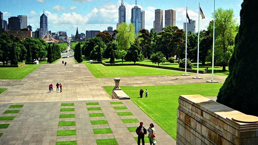 Melbourne pretende reducir las emisiones netas de dióxido de carbono antes de 2020.