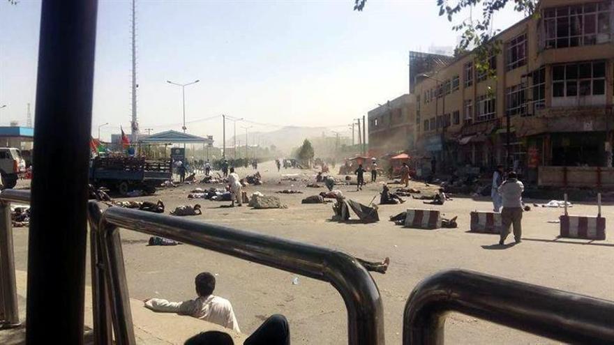 Al menos 20 muertos y 160 heridos en un ataque suicida contra una marcha de hazaras en Kabul