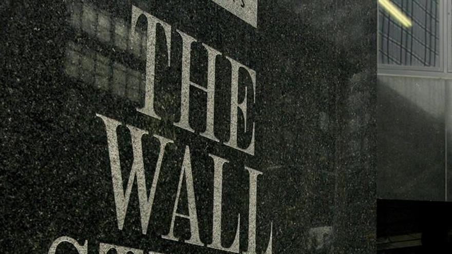 El diario The Wall Street Journal reducirá sus contenidos y su plantilla ante la caída del ingreso publicitario