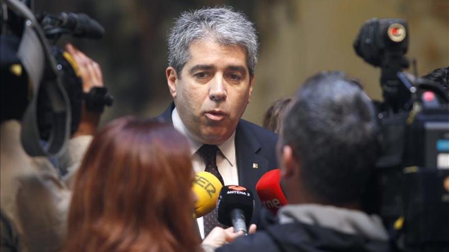 Homs descarta la suspensión de la autonomía porque sería inexplicable al mundo