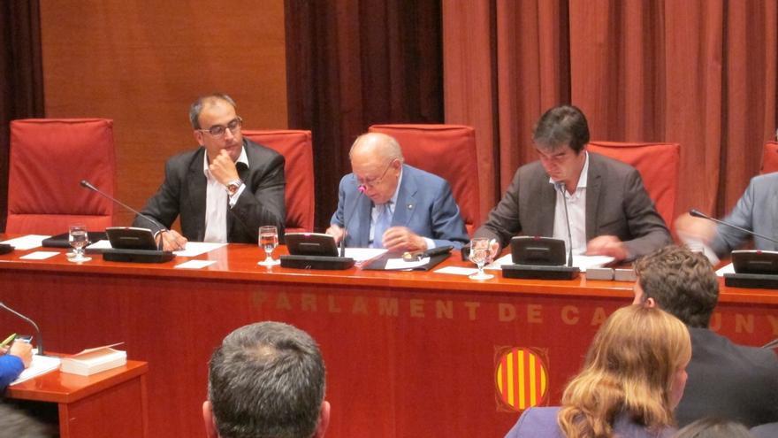 """IU acusa a Pujol de """"faltar al respeto al pueblo catalán"""" con su comparecencia en el Parlament"""