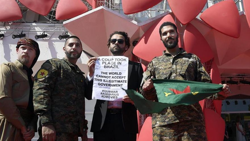 """Venecia indaga en el """"acto de amor"""" de quienes combaten al EI junto a kurdos"""