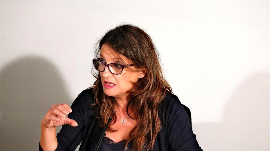 """Oltra insiste en """"hacer protagonista a la palabra"""" en el debate de Cataluña"""